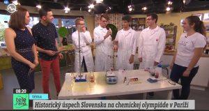 Záber z TV vysielania s olympionikmi