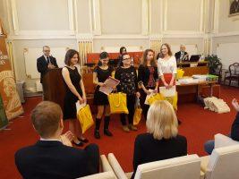 Úspešné riešiteľky kategórie A: Mirka Katuščáková, Rebeka Kohútová, Katarína Slimáková, Katarína Vosovičová a Simona Loziňáková